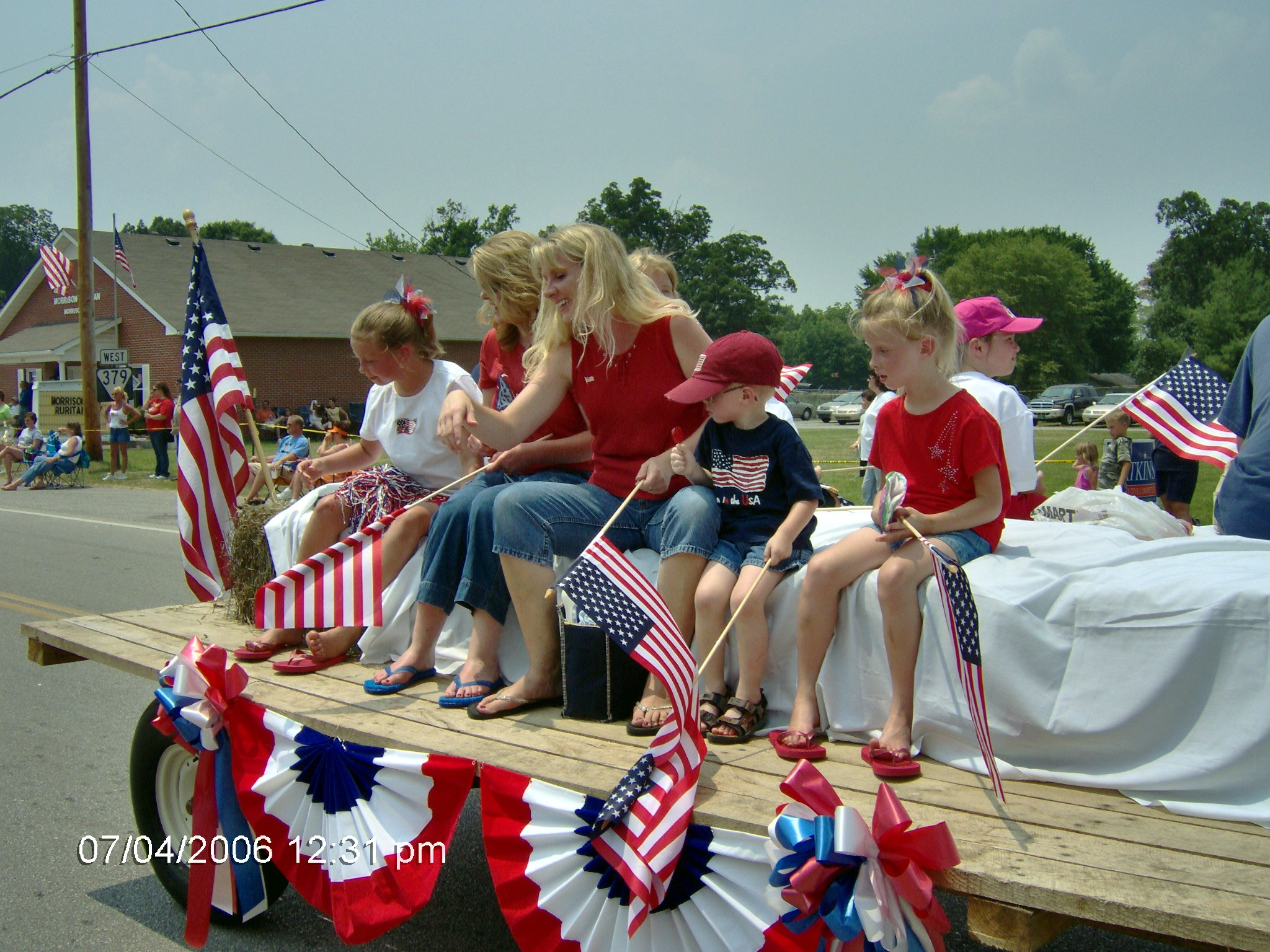 july4th.float18.jpg